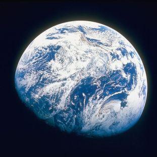 63b3ce695f51c87103079d72afb7efc6e0-20-earth.rsquare.w700